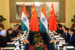 Indian Prime Minister Manmohan Singh and his delegation met with President Xi Jinping.