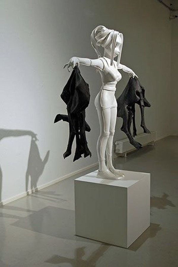 Zhong Wanyao's mastery of the female form captures her audiences' unique personalities.