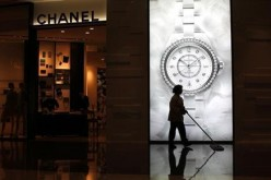 Chanel will cut prices on some of its popular handbag brands in China.