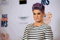 Kelly Osbourne is a popular TV presenter and fashion critic.