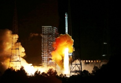 China's rocket ship Long March 3C, carrying an experimental spacecraft, lifts off from the launch pad at the Xichang Satellite Launch Center, Sichuan Province.