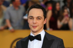 Jim Parsons play Sheldon in