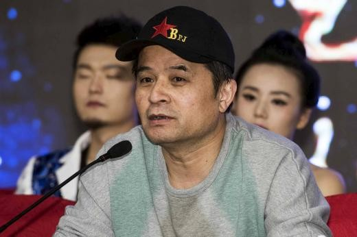 Chinese TV host Bi Fujian made insulting comments about Mao Zedong in a video taken of him in a private dinner party.