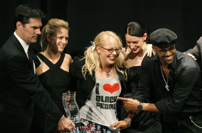 """Cast members Thomas Gibson, A.J. Cook, Kirsten Vangsness, Paget Brewster and Shemar Moore pose after accepting the Favorite Drama Ensemble award for """"Criminal Minds"""" during the 14th Annual Diversity A"""
