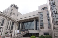 Shanghai Library, the second-largest library in China, received 980,800 adult female readers in 2014.