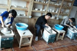 Experts say that Dehua ceramic craftsmen are not only skilled but also innovative.