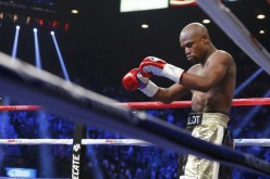 Mayweather is once eyeing an easy opponent.