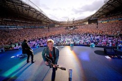 Bon Jovi's scheduled concerts in mainland China have been cancelled after the band has been found to be connected with the Dalai Lama.