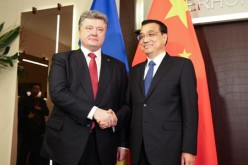 Ukrainian President Petro Poroshenko and Chinese Premier Li Keqiang met at the 45th World Economic Forum held in Davos, Switzerland, earlier this year.