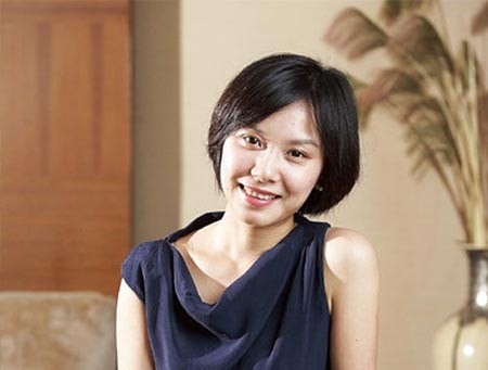 Director Sun Hao marries one of China's richest women, Liu Chang.