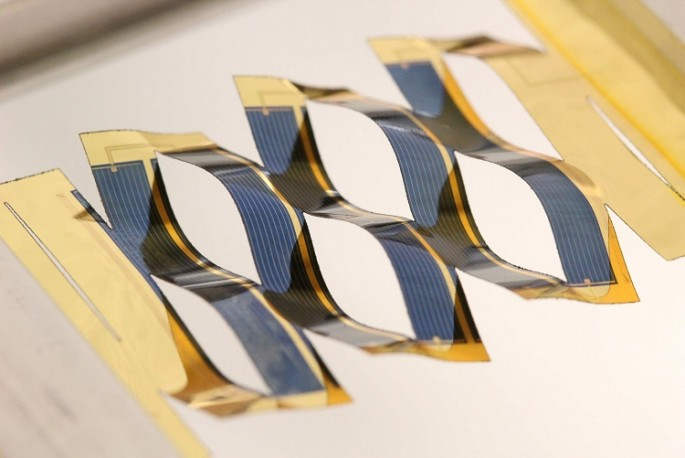 By borrowing from kirigami, the ancient Japanese art of paper cutting, researchers at the University of Michigan have developed solar cells that can track the sun.