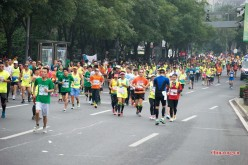 Those who participate in marathon events are usually wealthy individuals.