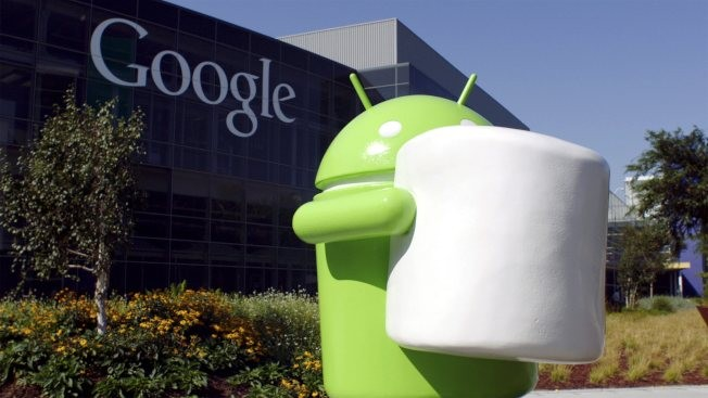 Android 6.0 Marshmallow features Android Pay that works with NFC capabilities.
