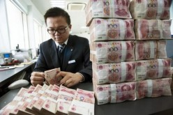 The government continues to heighten its efforts to internationalize the yuan currency.