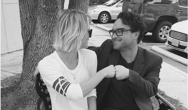 Kaley Cuoco Slams Rumors of Secret Fling With Co-Star Johnny Galecki