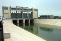 Beijing's water diversion project has not only prevented the decline of underground water level, but also brought water supply to downtown and suburban areas.