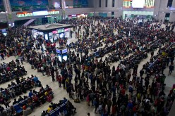 Due to the flight cancellations and road closures, travelers stranded in Northeast China were given the option to ask for ticket refunds and take the train.