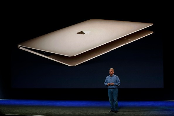 Apple SVP of Worldwide Marketing Phil Schiller introduces features of the new MacBook.
