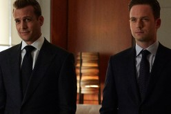 Harvey (Gabriel Macht) and Mike (Patrick J. Adams) from